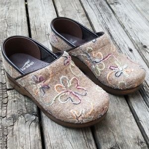 Dansko textile shoes